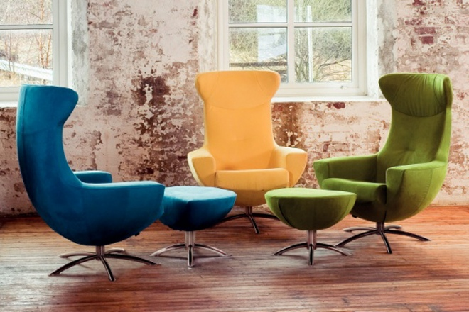 Farbige Sitzgruppe mit Baloo