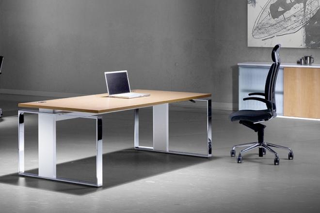 iMove F, Rahmen verchromt, Säulen Aluminum gebürstet, Tischplatte Buche furniert