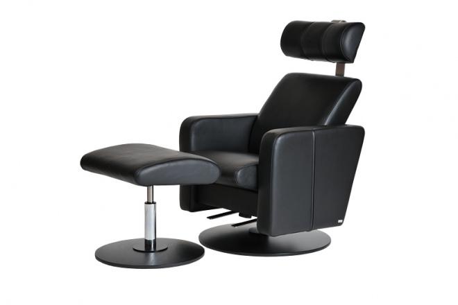 Relax Vital mit Fußhocker, Rundfuß Buche schwarz, Polster Leder schwarz